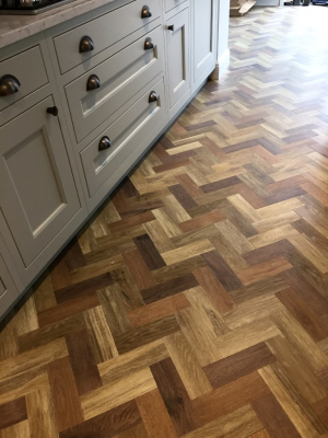AMTICO | 3 COLOUR PARQUET