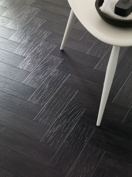 Coal Grained Oak