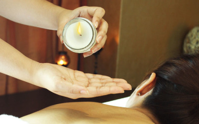 RELAXING CANDLE MASSAGE