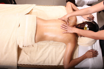 RELAXATION HOT OIL WITH AROMA MASSAGE