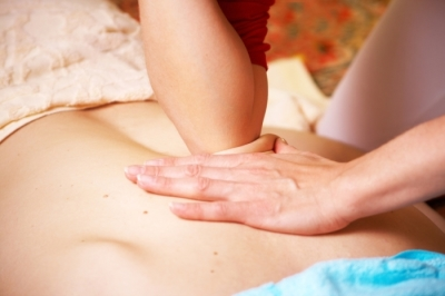 THAI BACK, NECK & SHOULDER MASSAGE