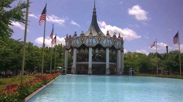 Six Flags Great America Review