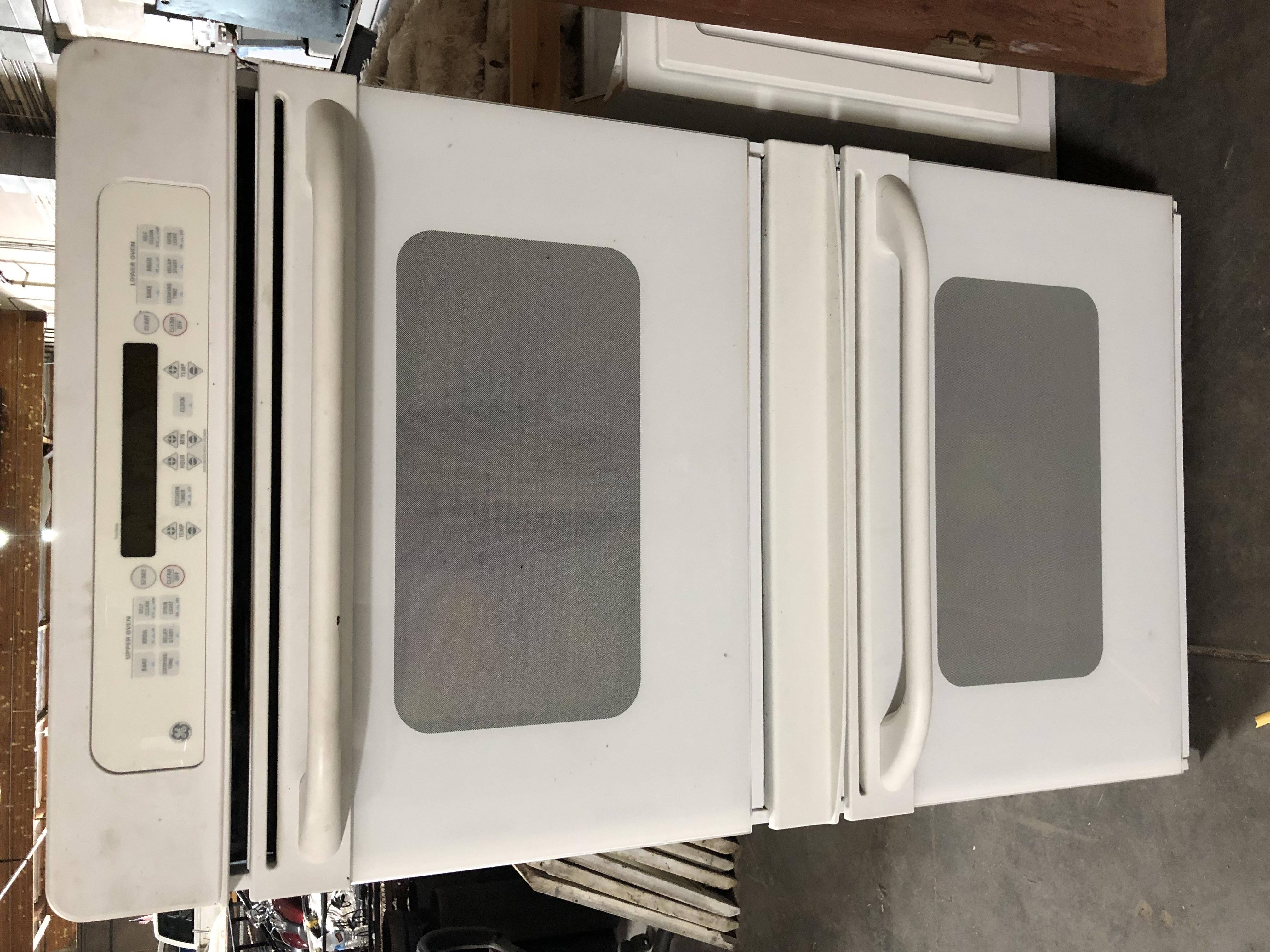 Double GE oven