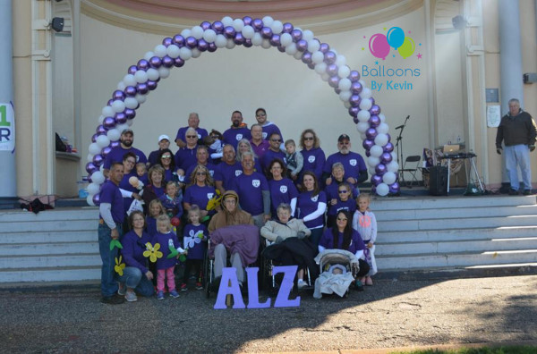 Winona Walk to End Alzheimer's 30' arch