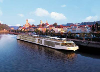 Cruise holidays, river cruise