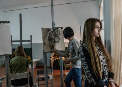 Bender, Pridnestrovie. From right to left Kristina Zveryanskaya, Ekaterina Metlinskaya and Olga Roshka during a daily painting lesson in the Benderian high art college.