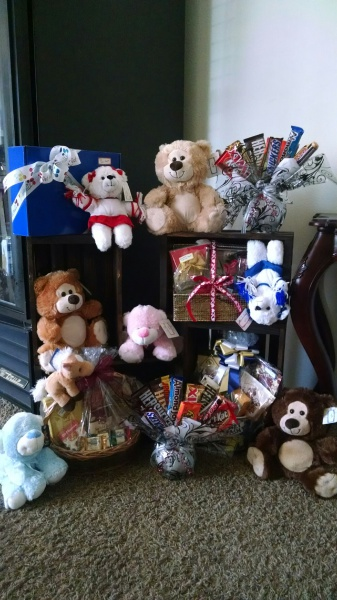 Gift Baskets & Stuffed Animals
