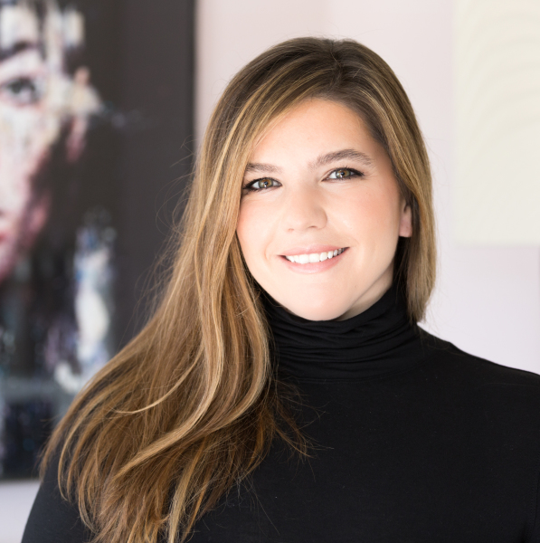 Elizabeth Moran - Makeup Artist