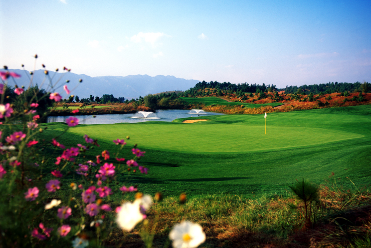 Spring City Golf & Lakes Resort