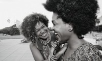 Black ladies laughing. CTZNS color suck.