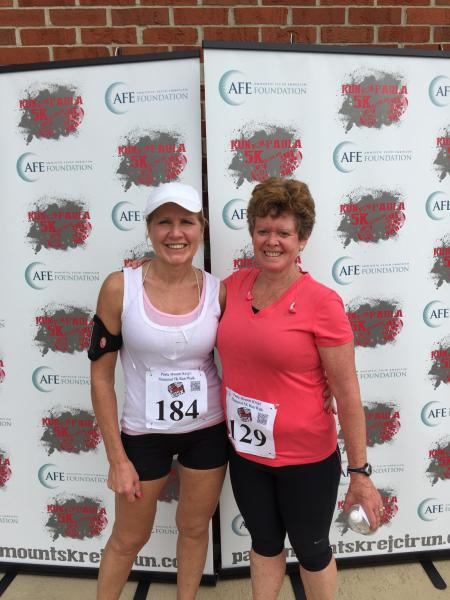 Lavin and Michelle at a 5K