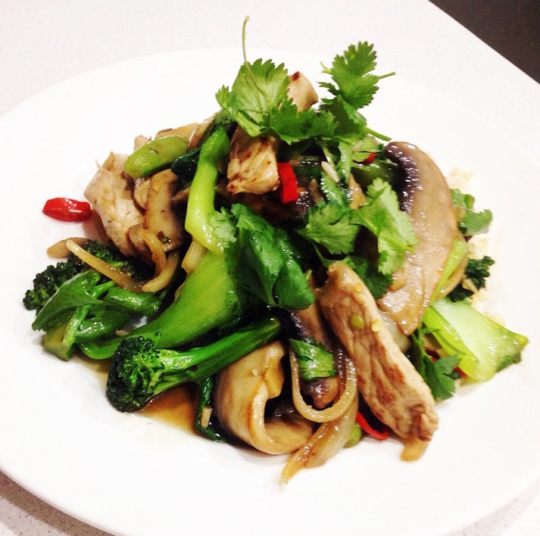 Chicken, mushroom and bok choy stir fry
