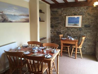Manordaf B&B Breakfast Room