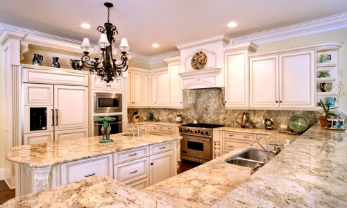 Kitchen Granite &Cabinets