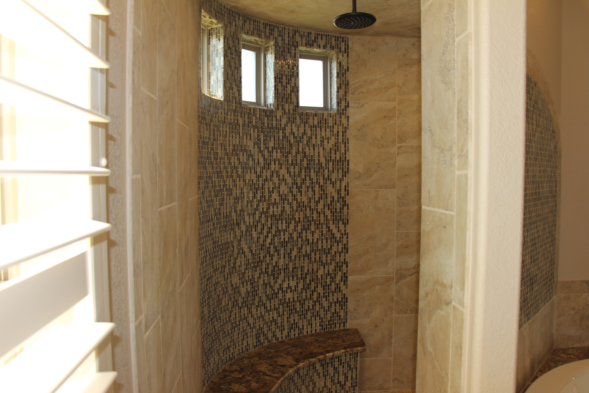 Master Bath large Walk-in shower