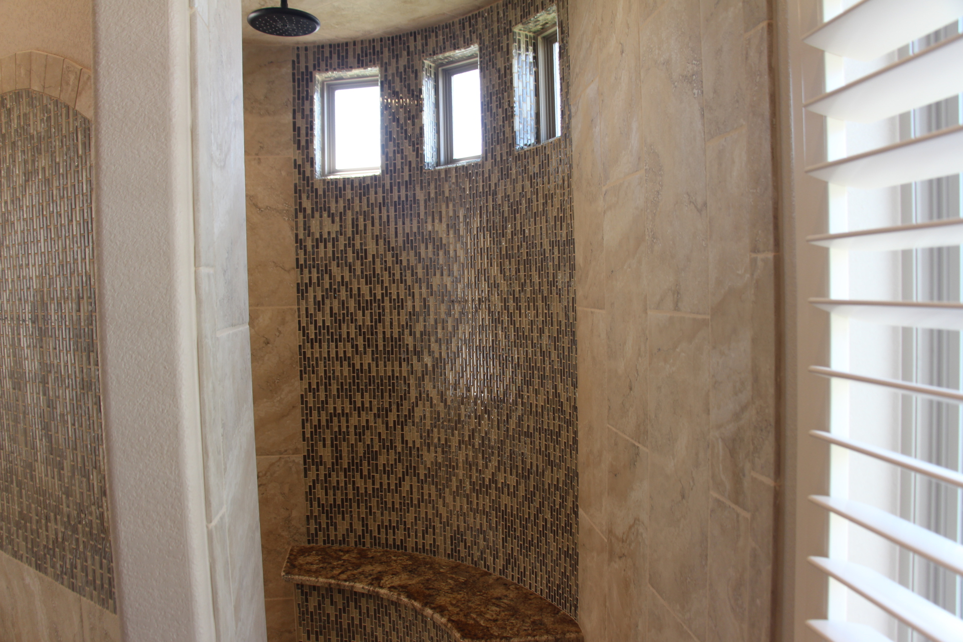 Master Bath large Walk-in shower