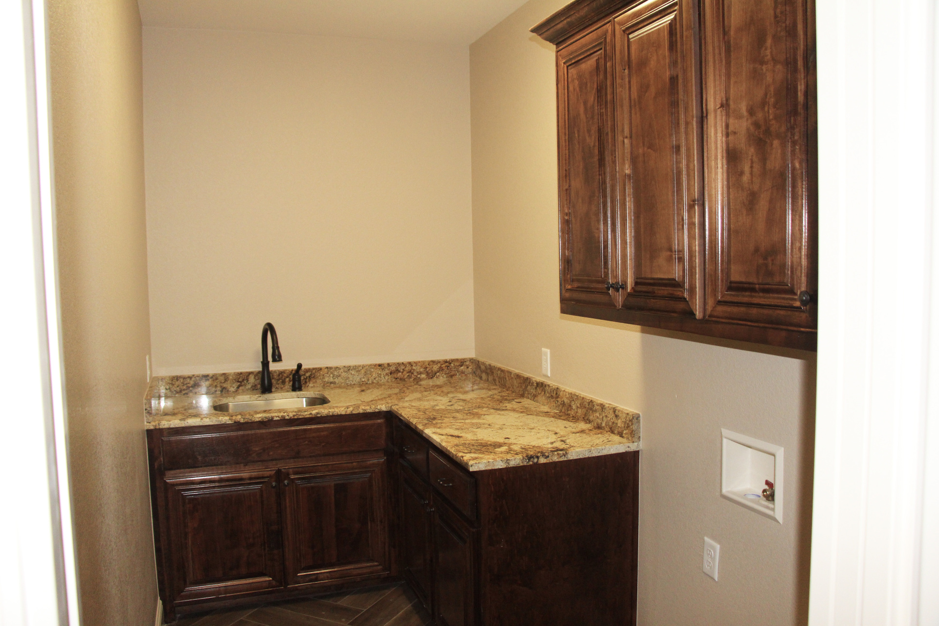 Large Utility/Laundry Room with Sink