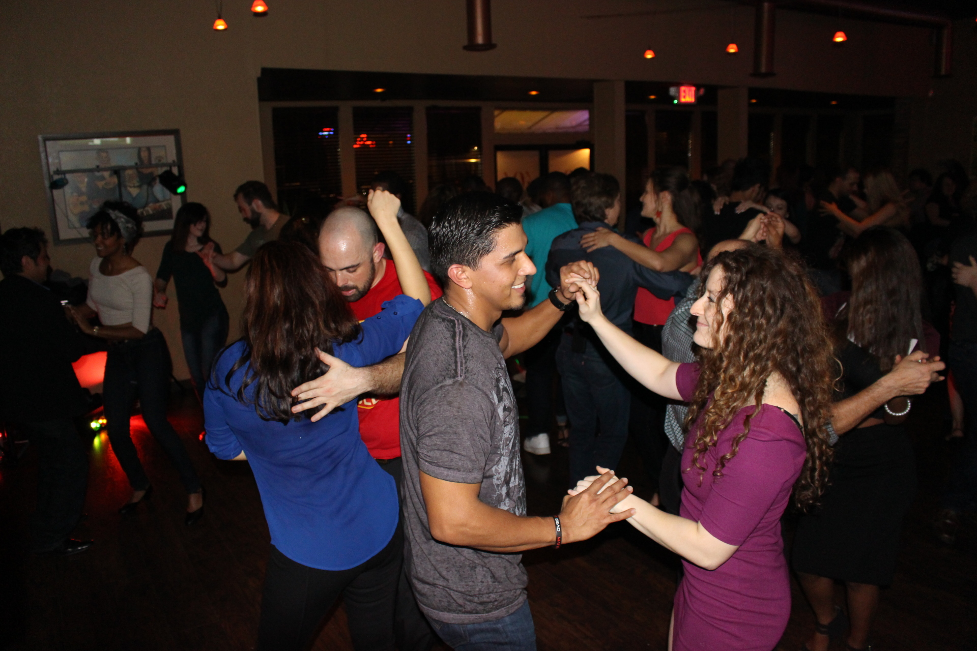 salsa dance nightclub in Nashville