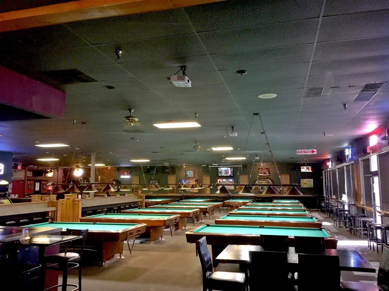 Meal Runner- Slate Street Billiards Bar & Grille