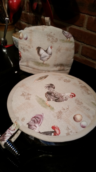 Hob cover & tea cosy