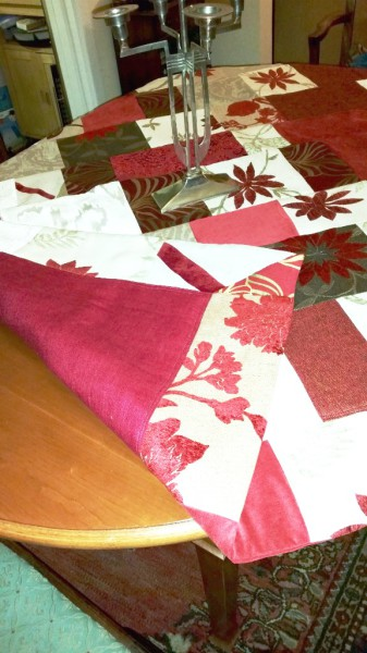 Christmas quilted throw or table cover