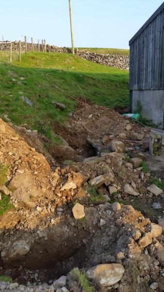 Drain digging