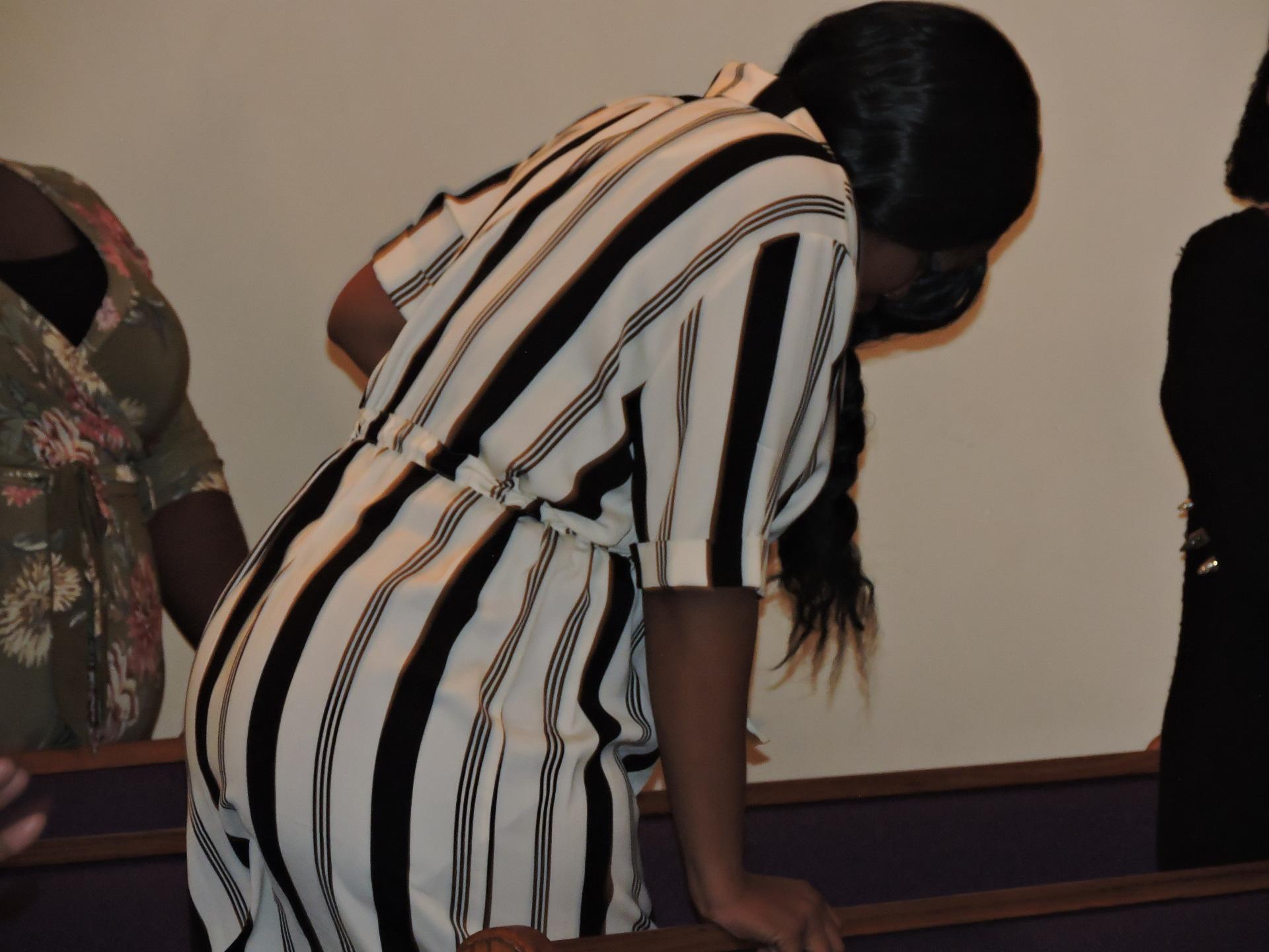 Sis. Yavonne Davis Praising God!