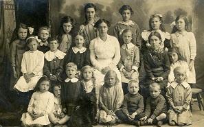 Littlethorpe School children