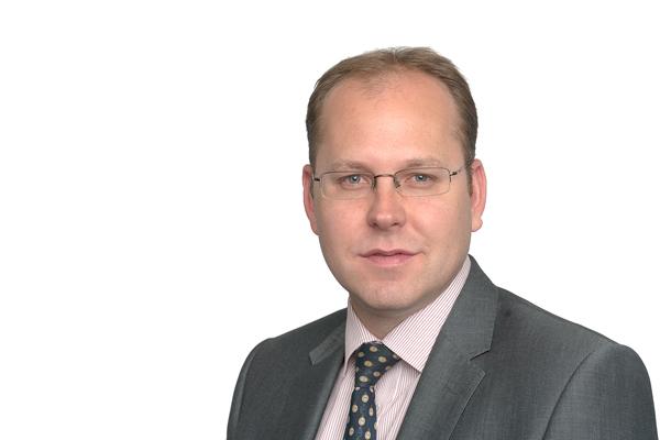 Dr Max Hodges