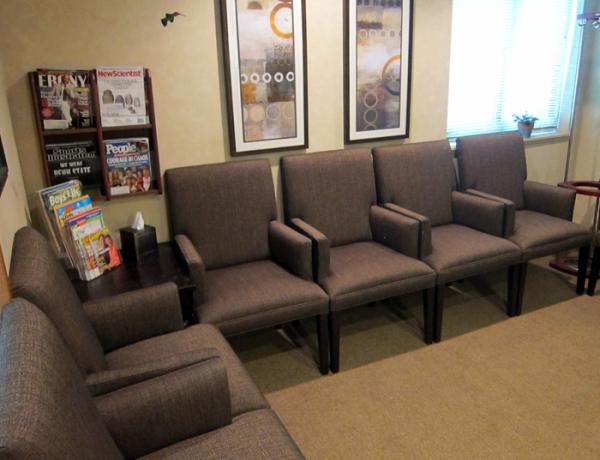 Dr. Henke Dental Waiting Room