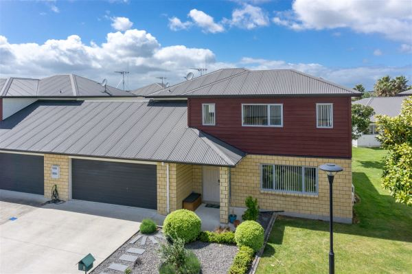 For Sale: 8 Tupe Lane