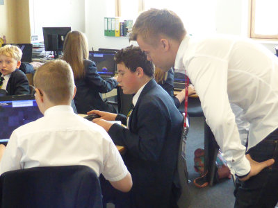 Santeri Koivisto, TeacherGaming with students from Holy Trinity School, Barnsley
