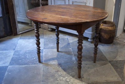 vintage tafel mooie ronde tafel la folie antiek den bosch