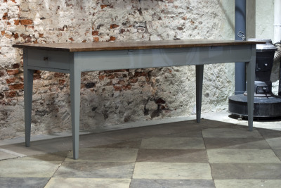 Antieke houten tafel La Folie Antiek den bosch 's-hertogenbosch vintage tafels nederland hele grote vintage tafel nederland grote tafel grijs onderstel