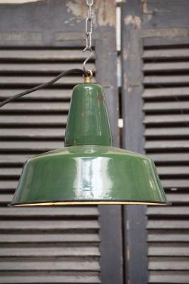 fabriekslamp Industriele lamp La folie antiek lampe d attelier fabriekslamp emaille gemailleerd industrie lamp Den Bosch 's-Hertogenbosch  bosche noord brabant noord-brabant oeteldonk stad winkel shop kopen in de buurt