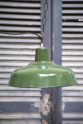 Industiële hanglamp 1950 Turquoise emaille op ijzer nederland noord-brabant den bosch 's-hertogenbosch vintage industrie lampen en antieke kroonluchters