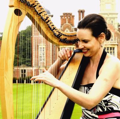 Donna Triggs wedding harpist