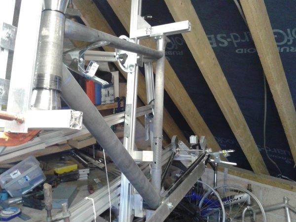 Carbon Frame construction in Frame Jig
