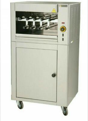 URZĄDZENIE ELEKTRYCZNE DO ZSASZŁYKÓW Z SZAFKĄ GSE9/ Electric grill with spits 9.372,00