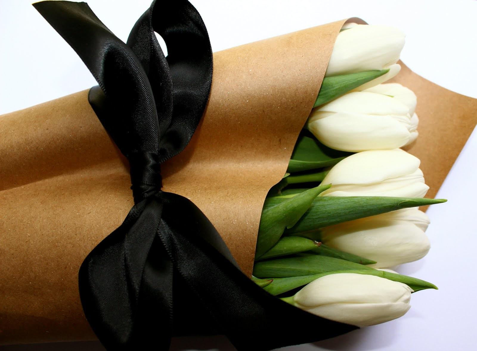 Kraft paper, floral wrap, newsprint, tissue, bleached kraft