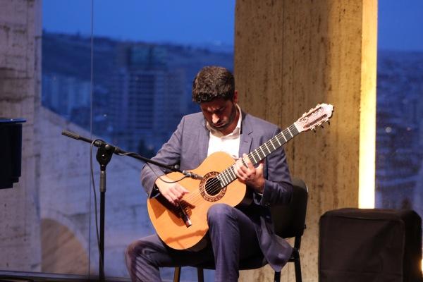 Rafael Aguirre Solo Guitar Concert