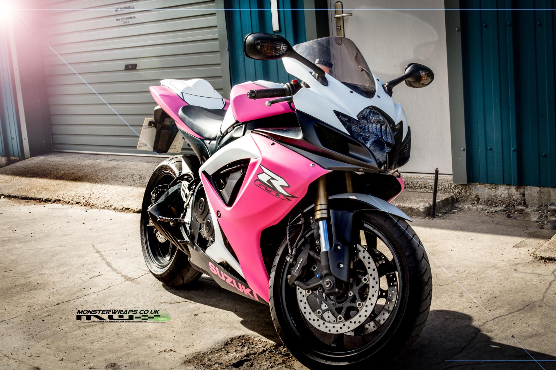 Suzuki GSXR Matte pink and white wrap
