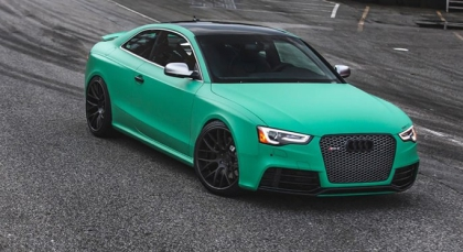 Matte emerald car wrap colour