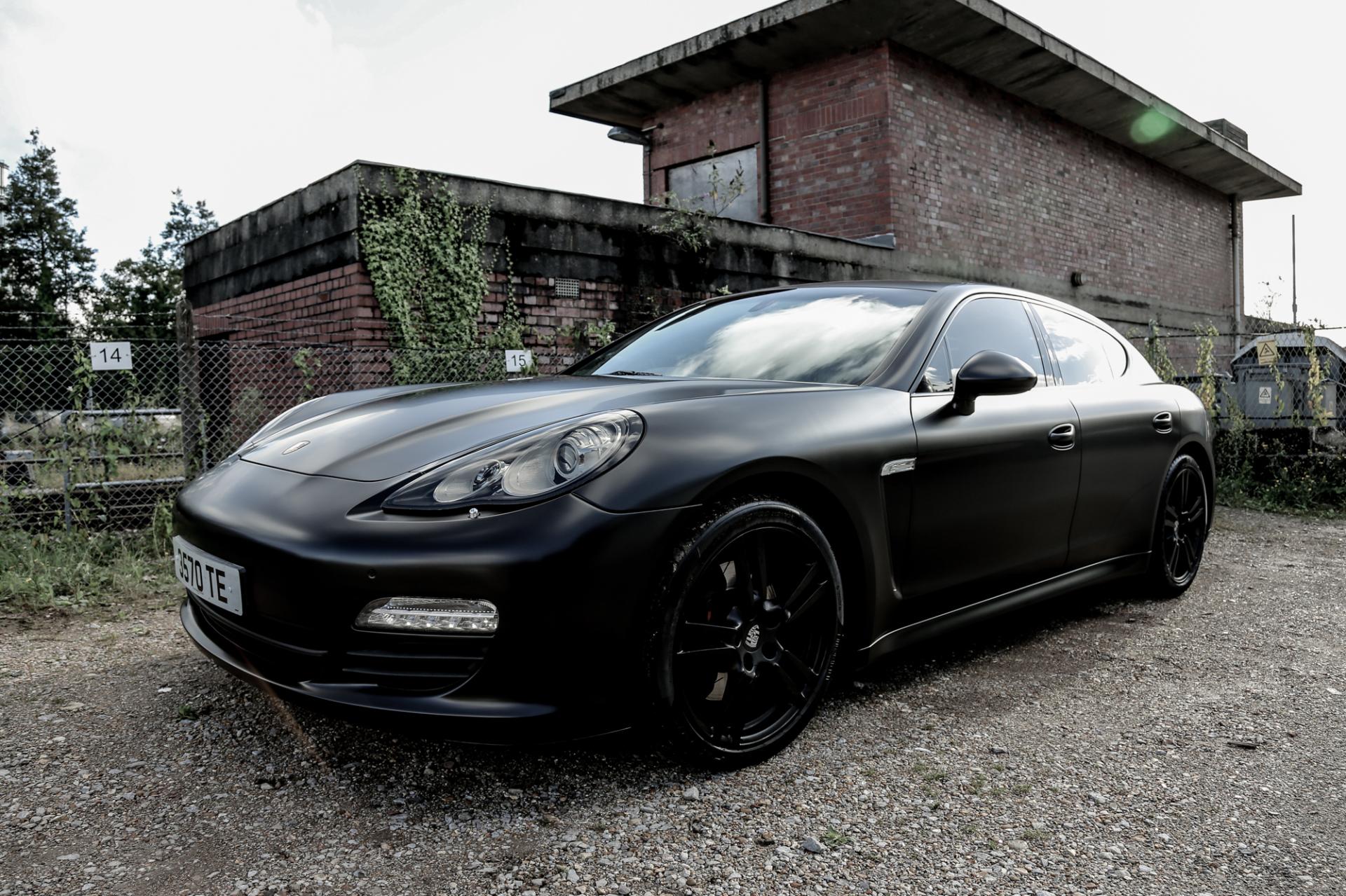 Porsche Panamera Satin Black full wrap