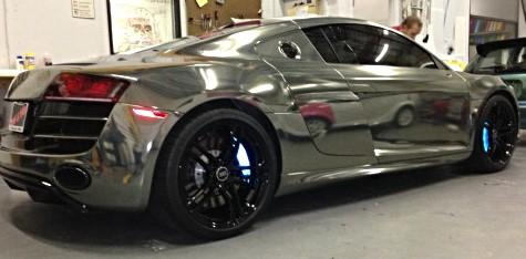 Reflective brake caliper wraps