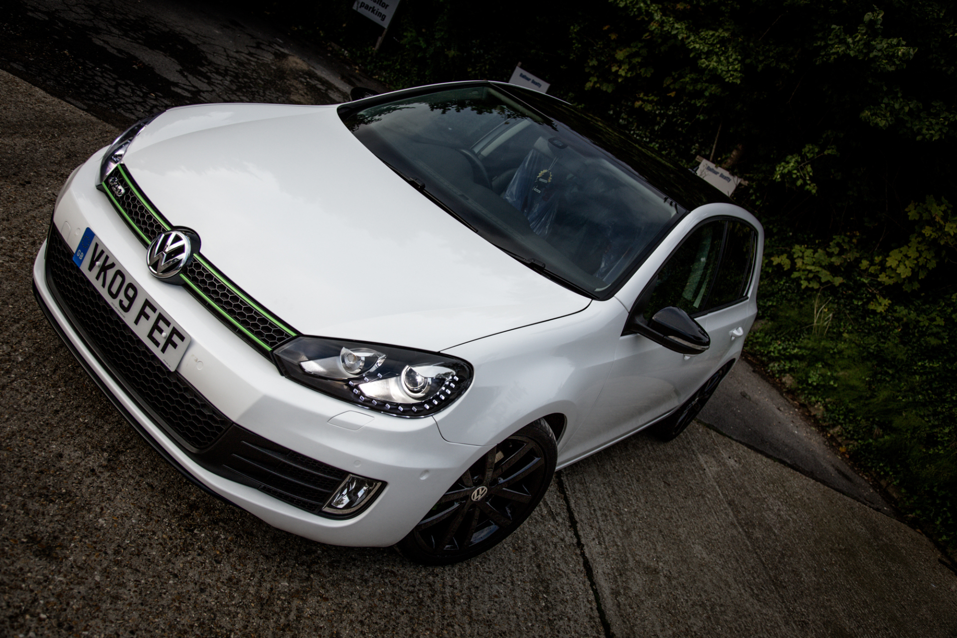3M Gloss white car wrap colour