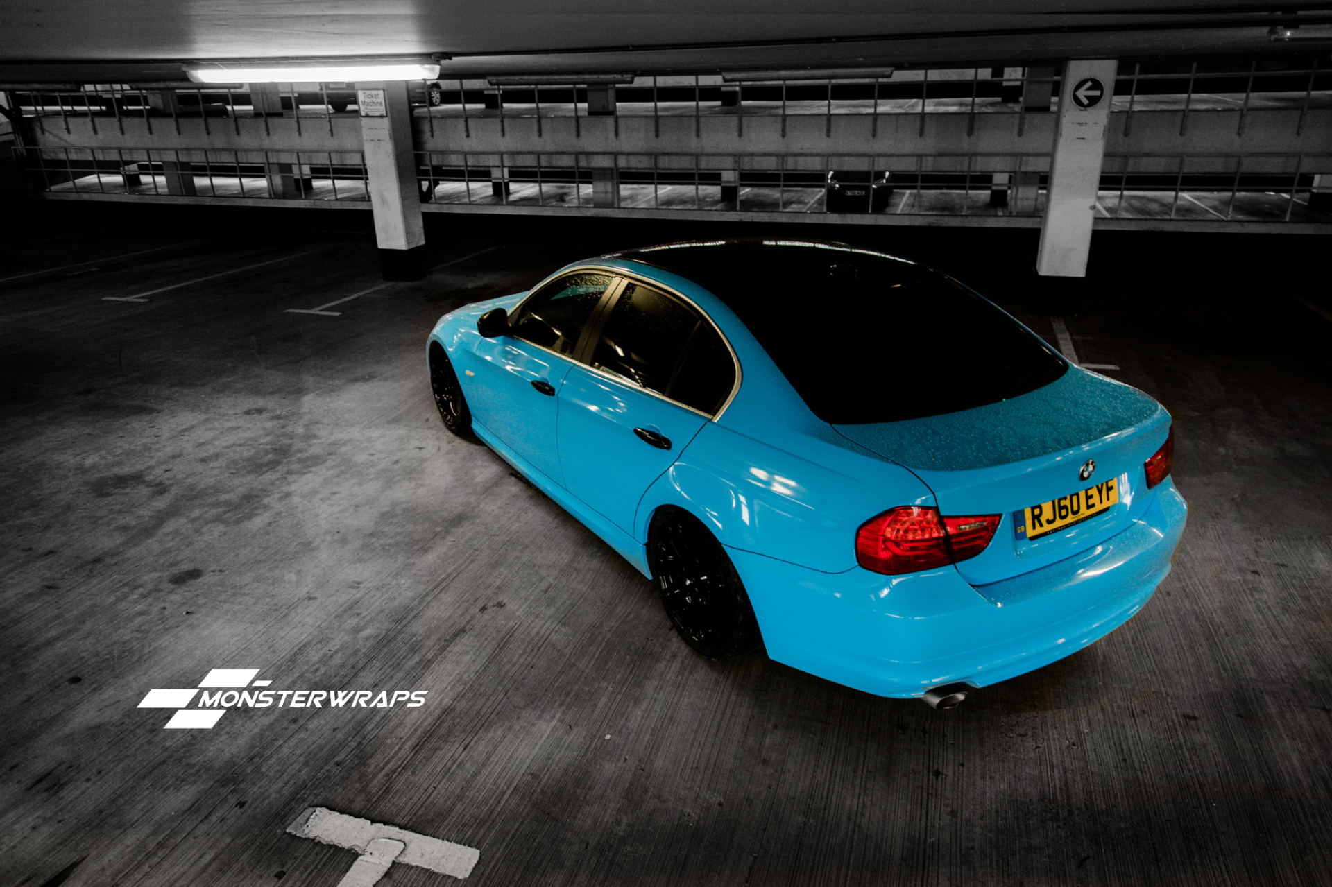 BMW E90 Gloss light blue wrap
