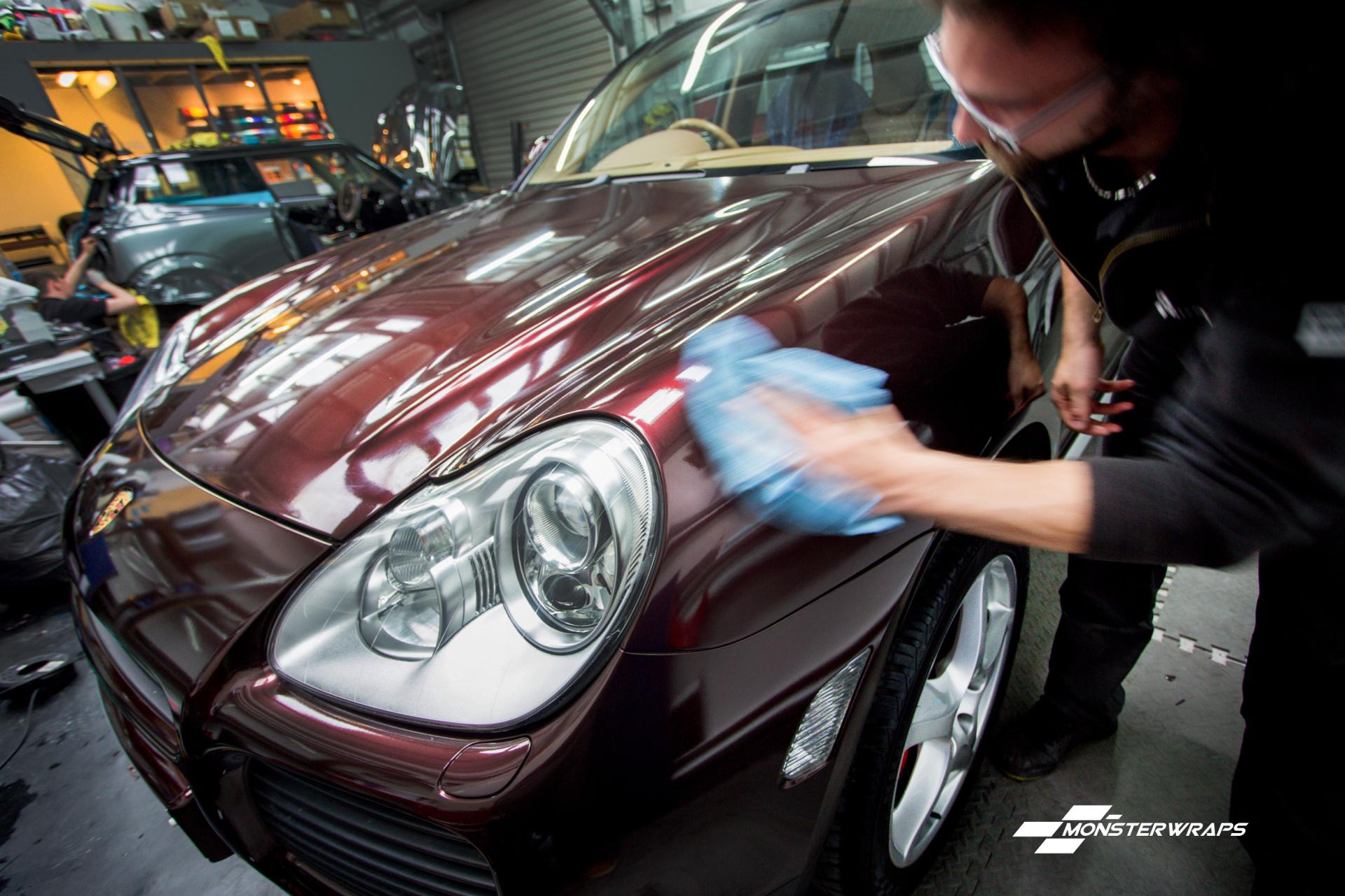Porsche Cayenne Turbo Black Rose wrap