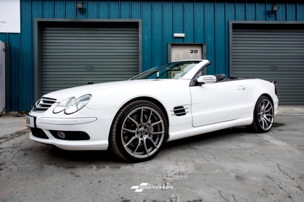 Mercedes SL55 AMG Gloss white colour change wrap