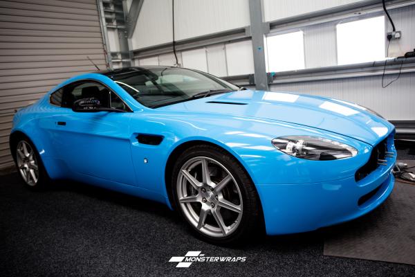 Aston Martin DB8 Gloss light blue wrap
